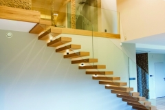 ST27 Floating Oak Stairs (1)