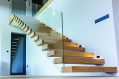 ST27 Floating Oak Stairs (2)